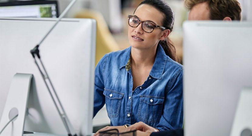 femeile la angajare